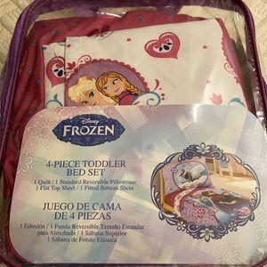 Disney Frozen toddler bed set 4 pieces in bag